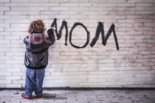 narcissist mom